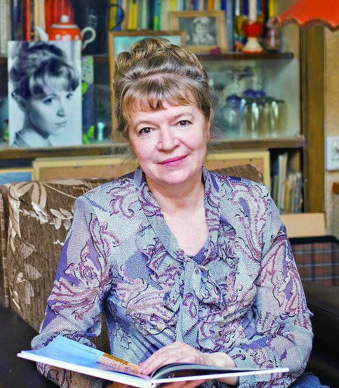 Вера Евгеньева Полынская-Кобытева (1951 – 2020) – член Союза художников России с 1998 года. Начиная с 1975 года, участвовала в выставках городского, краевого, республиканского и всесоюзного значения.